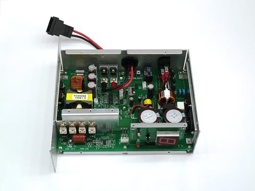 鉛蓄電池用多機能充電器